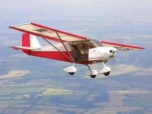 Avión Ultraligero ULM en el aire 2