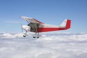 Avión Ultraligero ULM en el aire 3